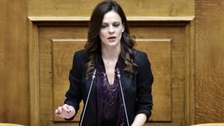 Κορωνοϊός - Αχτσιόγλου: Αν δεν ληφθούν τώρα ισχυρά μέτρα θα οδηγηθούμε σε σπιράλ ύφεσης
