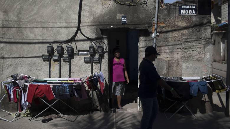 Κορωνοϊός - Βραζιλία: Νεκροί στις φαβέλες του Ρίο - Φόβοι για εκατόμβη θυμάτων