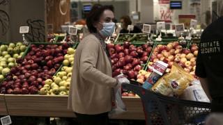 Πασχαλινό ωράριο: Οι ώρες που θα είναι ανοιχτά τα καταστήματα τροφίμων