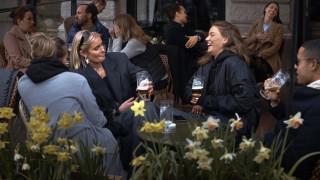Ανοικτά σχολεία και εστιατόρια και δουλειά από το σπίτι - To «σουηδικό μοντέλο» κατά του κορωνοϊού