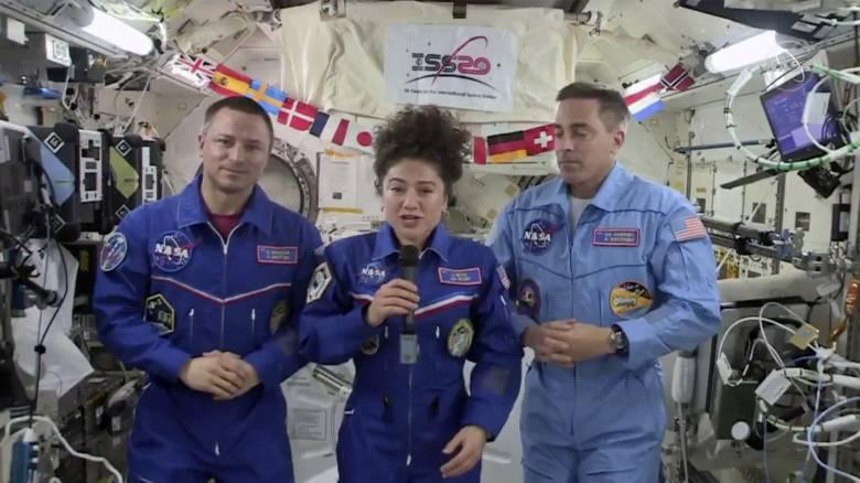 Κορωνοϊός - «Είναι σουρεαλιστικό»: Η Αμερικανίδα αστροναύτισσα Τζέσικα Μέιρ επιστρέφει στη Γη