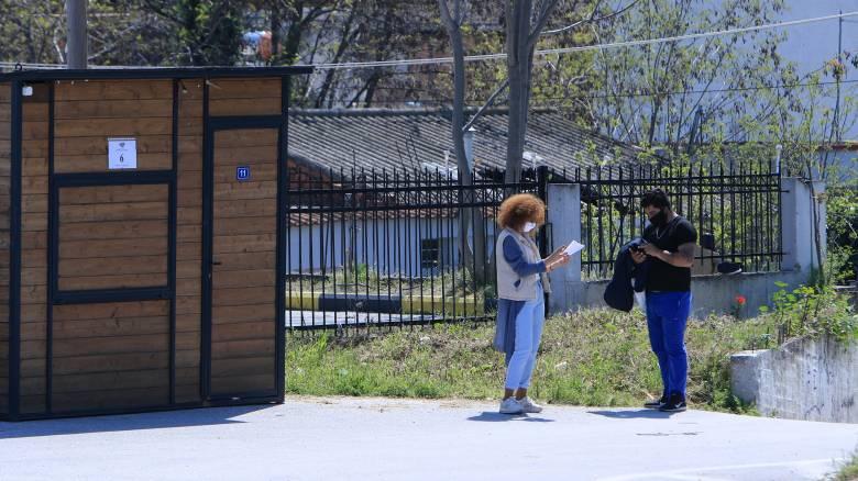 Κορωνοϊός - Χαρδαλιάς: 25 θετικοί στον ιό στη Λάρισα - Τα μέτρα τηρούνται