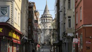 Κορωνοϊός - Τουρκία: Επιταχύνεται η εξάπλωση του ιού - Ξεπερνούν τις 5.100 τα νέα κρούσματα