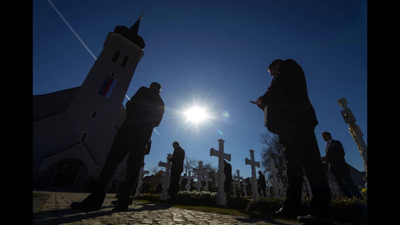 https://cdn.cnngreece.gr/media/news/2020/04/12/215013/photos/snapshot/AP_20103422207776.jpg