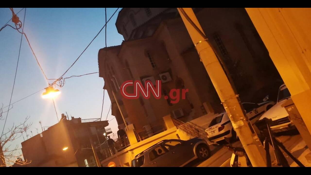 https://cdn.cnngreece.gr/media/news/2020/04/12/215046/photos/snapshot/koukaki-1.jpg
