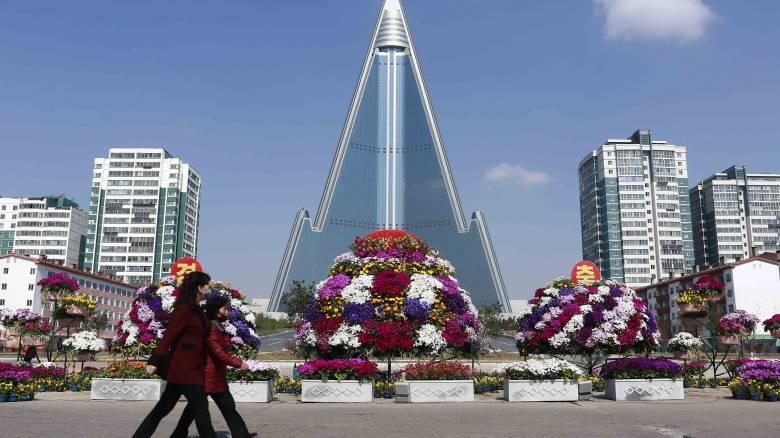 Σκληρά μέτρα για την αντιμετώπιση του κορωνοϊού ζητά ο Κιμ Γιονγκ Ουν