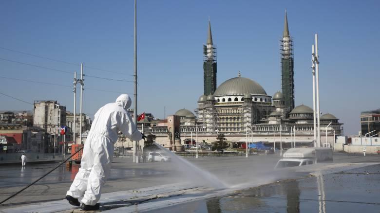 Καταγγελία: Η Τουρκία περιορίζει τα social media με πρόσχημα τον κορωνοϊό