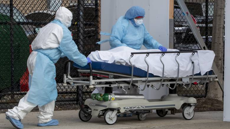 Κορωνοϊός: Πάνω από 1.500 οι νέοι θάνατοι στις ΗΠΑ
