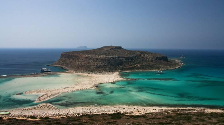 Σουηδικό περιοδικό εκθειάζει ελληνικά νησιά εν μέσω κορωνοϊού
