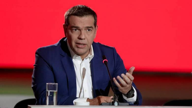 Τσίπρας: Συνειδητή επιλογή της κυβέρνησης η αναδιάρθρωση στις εργασιακές σχέσεις