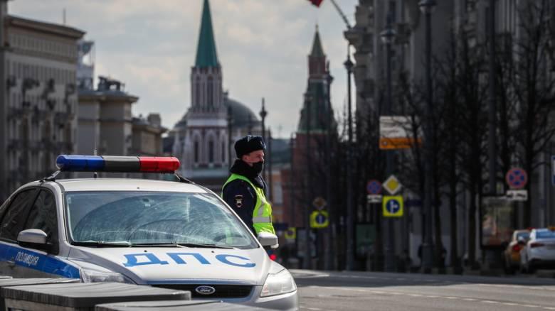 «Ψηφιακό Γκουλάγκ»; Αντιδράσεις για το σύστημα εντοπισμού που εφαρμόζει η Μόσχα εν μέσω lockdown
