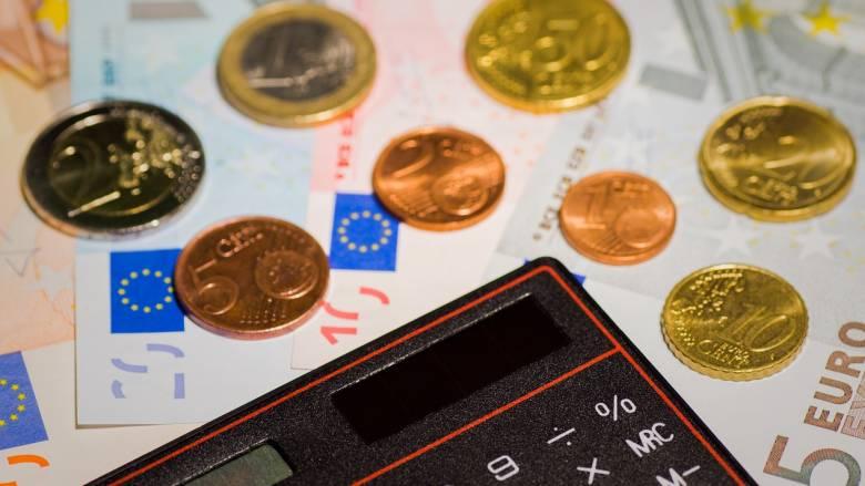 Επίδομα 400 ευρώ: Πώς θα γίνει η καταβολή στους μακροχρόνια ανέργους