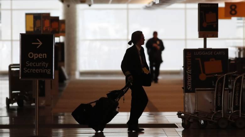 Κομισιόν: Μπορείτε να αρνηθείτε τα κουπόνια εάν ακυρώθηκε το ταξίδι σας λόγω κορωνοϊού