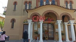 Κουκάκι: Το CNN Greece στον ναό του Αγίου Νικολάου - Τι λένε κάτοικοι για τον ιερέα της εκκλησίας