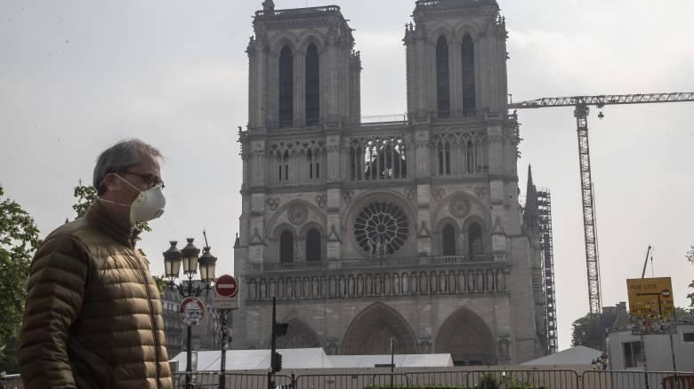Ένα χρόνο μετά την πυρκαγιά, η Παναγιά των Παρισίων «ξαναζεί» με εικονική συναυλία