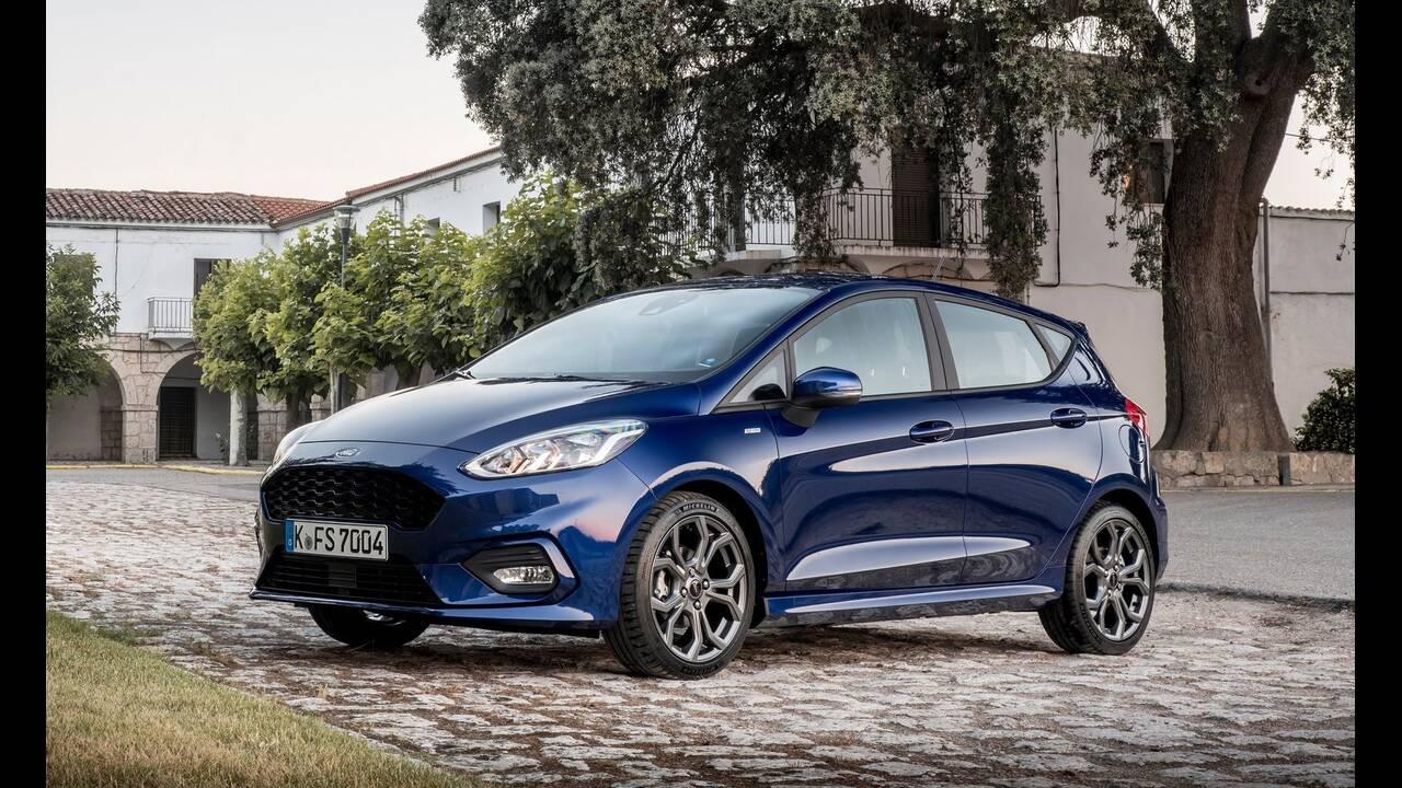 https://cdn.cnngreece.gr/media/news/2020/04/15/215450/photos/snapshot/5-Ford-Fiesta.jpg