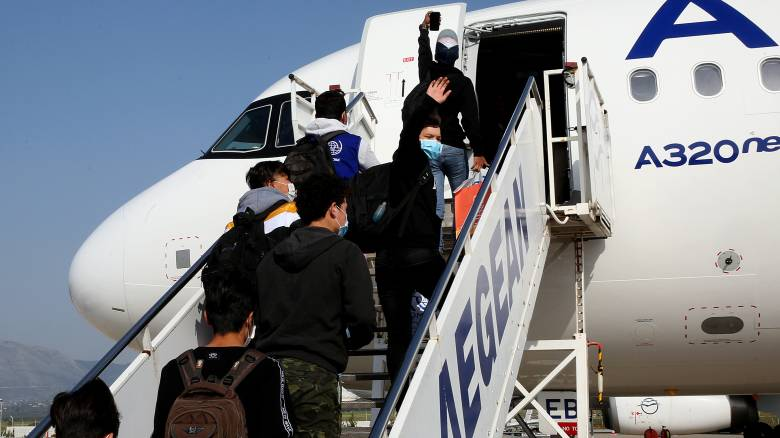 Δώδεκα ασυνόδευτοι ανήλικοι πρόσφυγες έφυγαν για Λουξεμβούργο