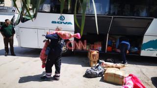 Κορωνοϊός: Τα χωριά… έρχονται στην Αθήνα - Κατά δεκάδες φτάνουν τα δέματα με τα ΚΤΕΛ