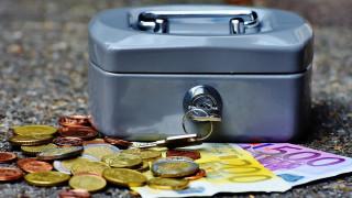 Κορωνοϊός - Γραφείο Προϋπολογισμού της Βουλής: Σημαντικές οι αρνητικές επιδράσεις στην οικονομία