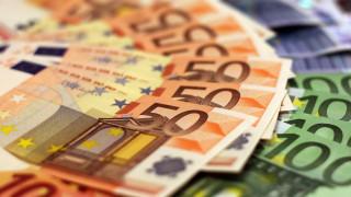 Επίδομα 800 ευρώ: Ξεκίνησε η καταβολή του - Οι τρεις φάσης πληρωμών