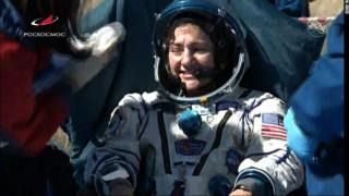 Αυτοί οι αστροναύτες γύρισαν στη Γη και βρήκαν ένα χάος