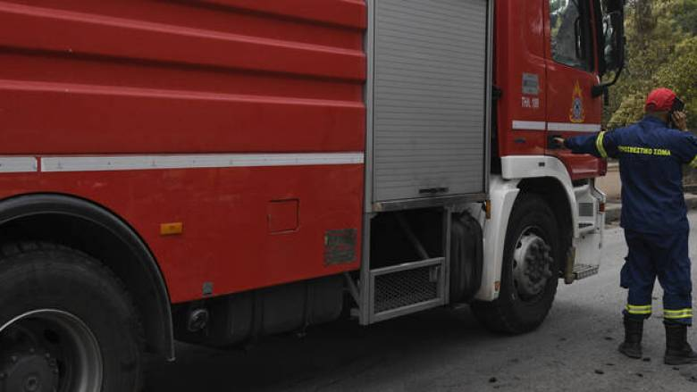 Πυρκαγιά σε διαμέρισμα στη Θεσσαλονίκη – Τρεις τραυματίες, ο ένας σοβαρά