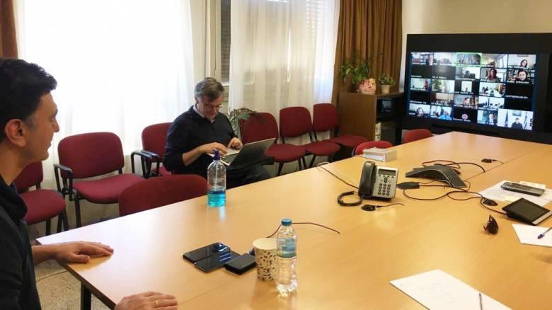 Κορωνοϊός: Τηλεδιάσκεψη Κικίλια και Τσιόδρα με τον περιφερειακό διευθυντή του ΠΟΥ