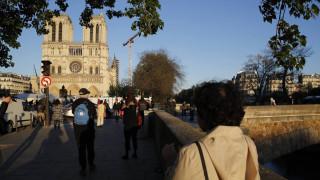Παναγία των Παρισίων: Οι καμπάνες χτυπούν για πρώτη φορά, ένα χρόνο μετά την πυρκαγιά