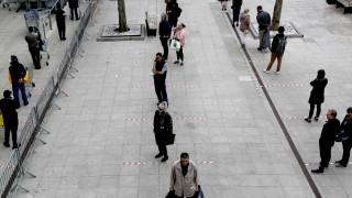 Κορωνοϊός - Βρετανία: Αυξήθηκε ο αριθμός των θανάτων
