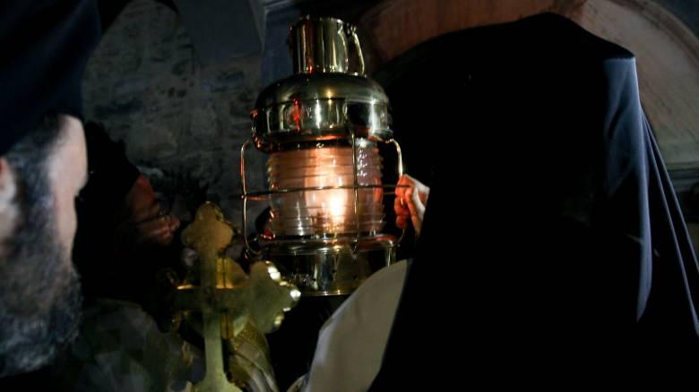 Πάσχα 2020: Έφτασε στην Αθήνα το Άγιο Φως