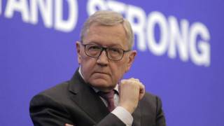 Ρέγκλινγκ: Η στήριξη του ESM κατά του κορωνοϊού δεν θα μοιάζει με τα μνημόνια του παρελθόντος