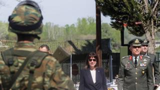 Επίσκεψη Σακελλαροπούλου στις Καστανιές: Το σημείωμα της ΠτΔ στο Φυλάκιο