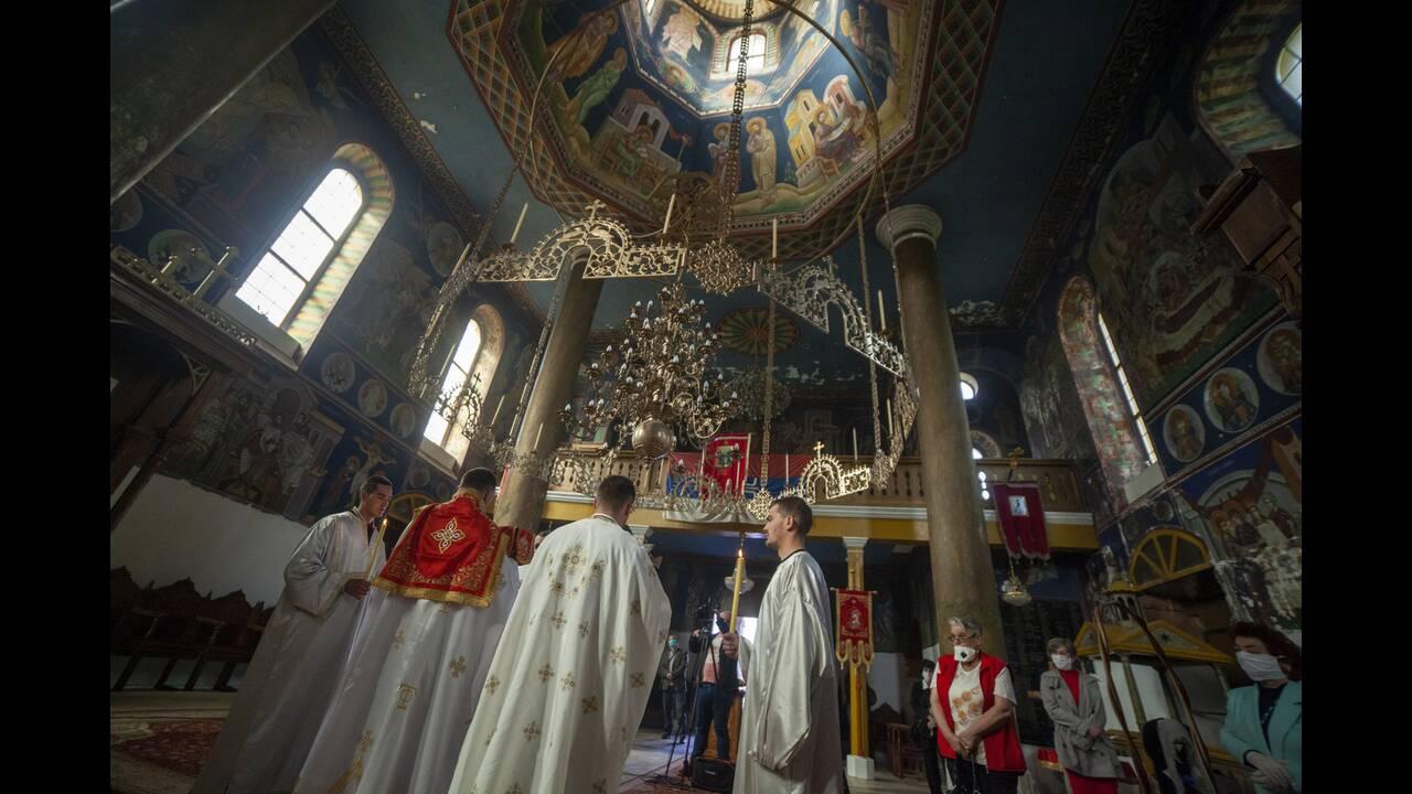 Κεκλεισμένων των θυρών ο εορτασμός του Πάσχα στη Βοσνία