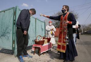 Πάσχα υπό περιορισμόν λόγω κορωνοϊού και για τους Χριστιανούς Ορθόδοξους στην Ουκρανία