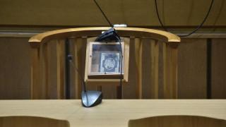 Οι δικηγόροι ζητούν να ενταχθούν στο καθεστώς της αποζημίωσης των 800 ευρώ