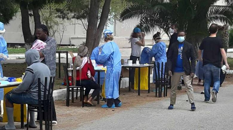 Κορωνοϊός: Ελήφθησαν εκατοντάδες δείγματα από τη δομή στο Κρανίδι
