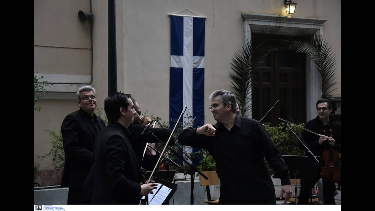 https://cdn.cnngreece.gr/media/news/2020/04/20/216125/photos/snapshot/2887002.jpg
