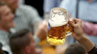 Κορωνοϊός: Προς ακύρωση το «Oktoberfest», η γερμανική γιορτή της μπύρας