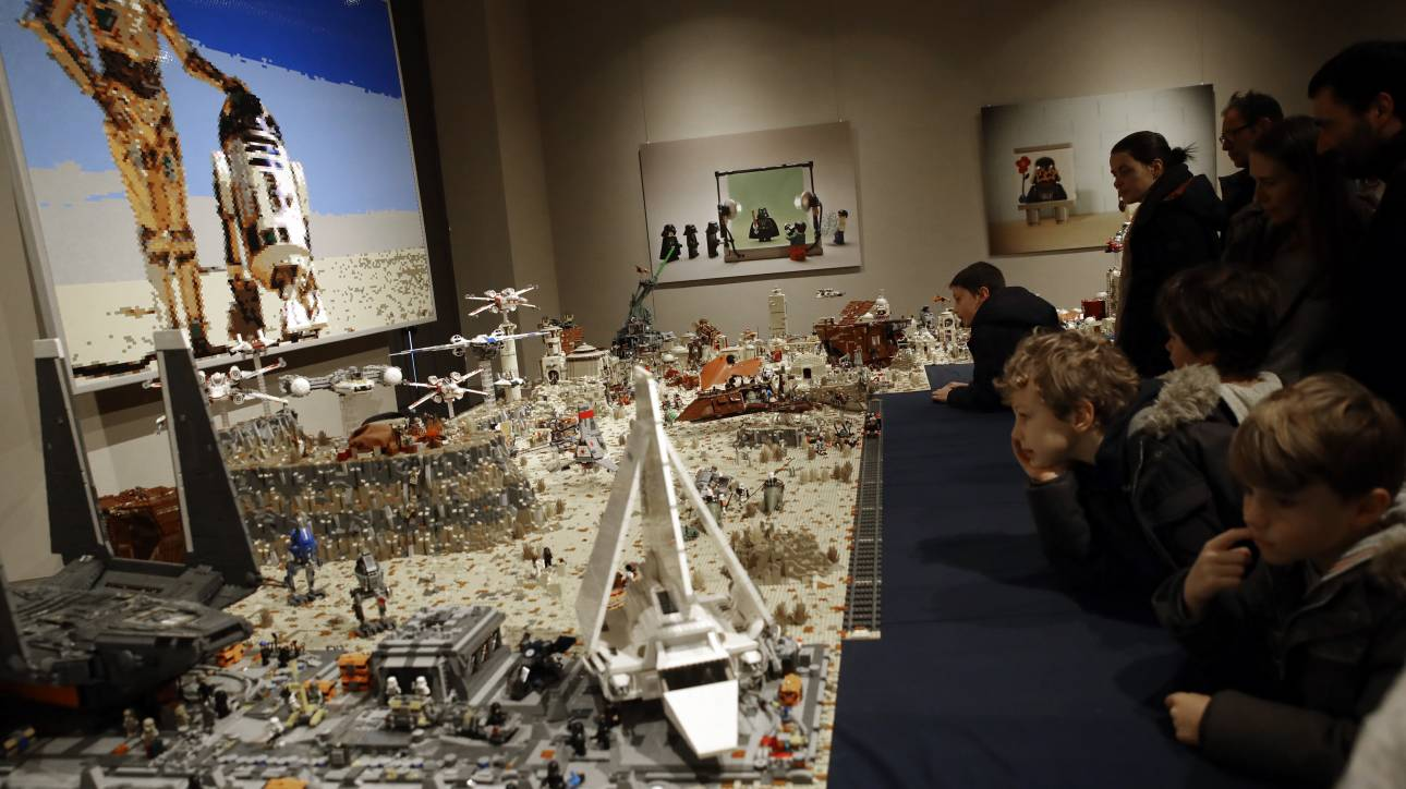 Η Lego στη μάχη για τον κορωνοϊό: Η εταιρεία με τα διάσημα τουβλάκια κατασκευάζει μάσκες