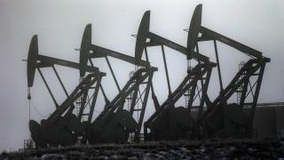 CNNi: Οι δύο «μαύροι κύκνοι» απειλούν την αγορά πετρελαίου – Έρχονται πτωχεύσεις και εξαγορές