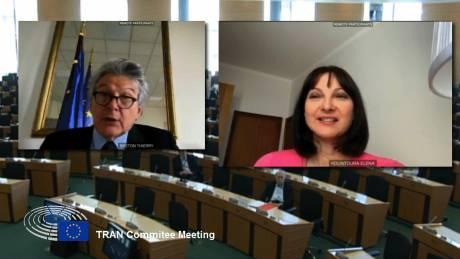 Στήριξη Επιτρόπου Μπρετόν στο αίτημα Κουντουρά για οικονομική στήριξη του Τουρισμού από την ΕΕ