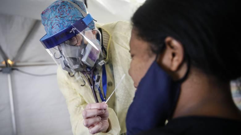 ΗΠΑ: Εγκρίθηκε το πρώτο κατ' οίκον μοριακό τεστ ανίχνευσης του κορωνοϊού