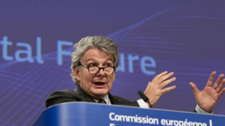 ΕΕ-Κορωνοϊός: Πρέπει να επανεφεύρουμε τον τουρισμό