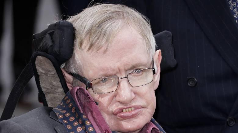 Κορωνοϊός: Η οικογένεια του Στίβεν Χόκινγκ δώρισε τον αναπνευστήρα του σε βρετανικό νοσοκομείο