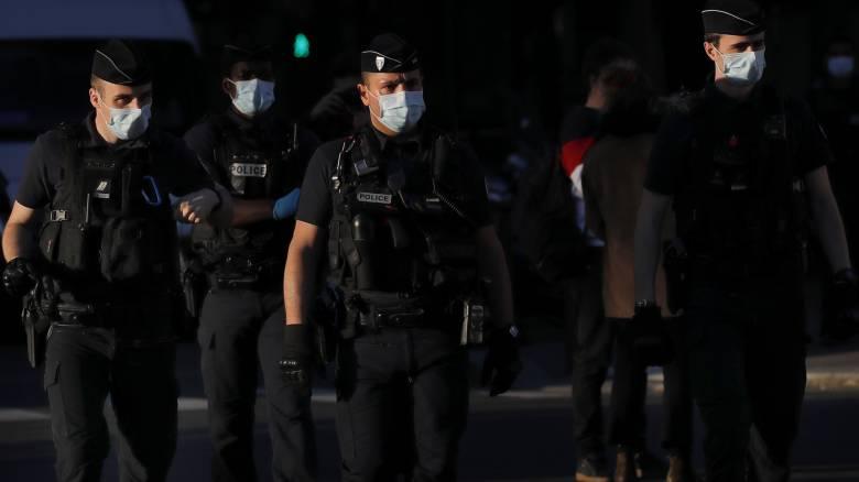 Γαλλία: Συνεχίζονται οι ταραχές στα προάστια