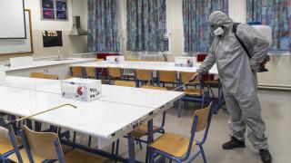 Κορωνοϊός - Τσιόδρας: Τις επόμενες δύο ημέρες η απόφαση για τα σχολεία