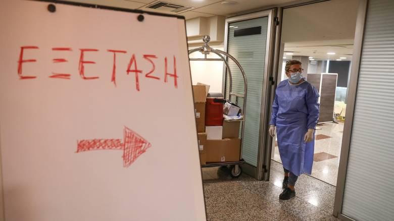 Κορωνοϊός - Νέος συναγερμός: Θετικός στον ιό άνδρας από τη δομή Μαλακάσας