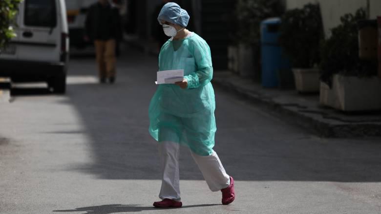Κορωνοϊός - Συναγερμός σε κλινική στο Περιστέρι: Επιβεβαιώθηκαν 29 κρούσματα