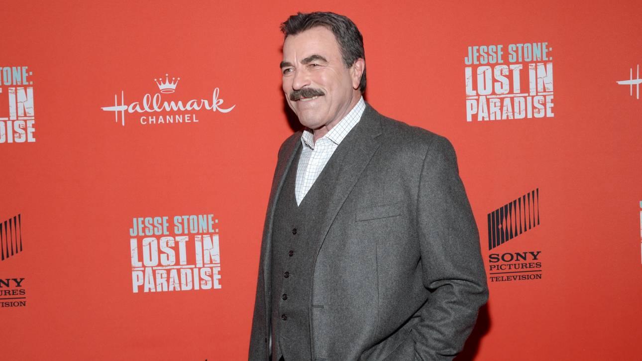 Τα Φιλαράκια: Ο Τομ Σέλεκ θέλει να συμμετέχει στο reunion της σειράς