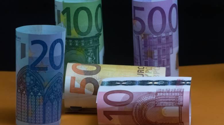 Κορωνοϊός: Ποιοι θα πάρουν τα 800 ευρώ και τον Μάιο